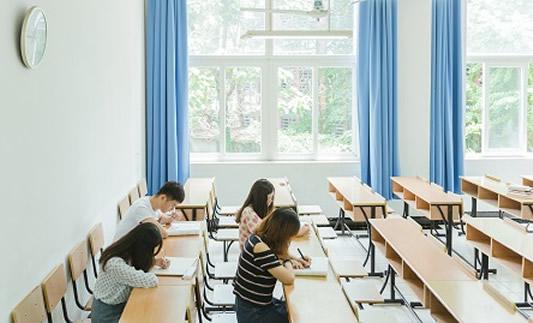 成人英语培训机构是怎么选?郑州威斯顿英语
